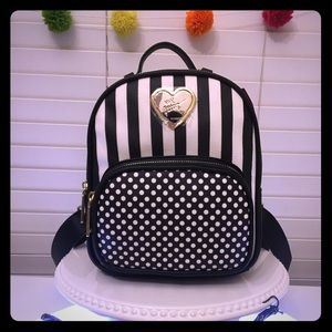 Betsey Johnson mini Backpack. Black & white. NWT👻